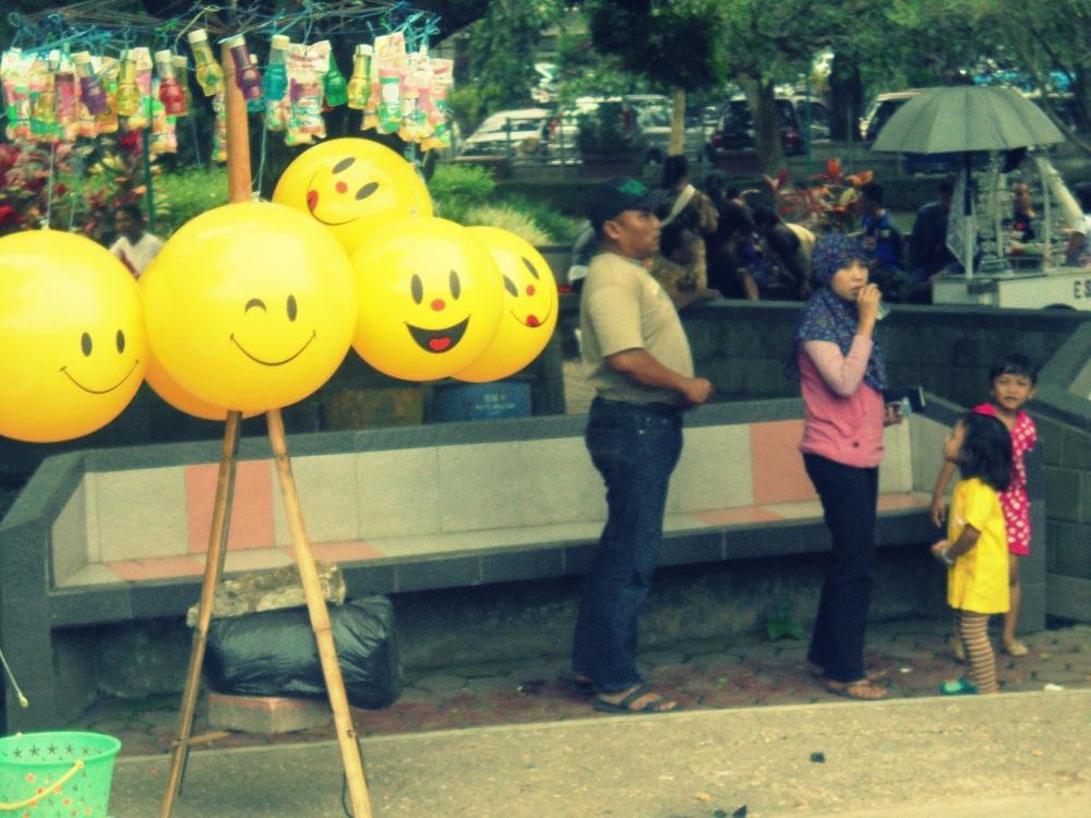 Balon yang Tersenyum